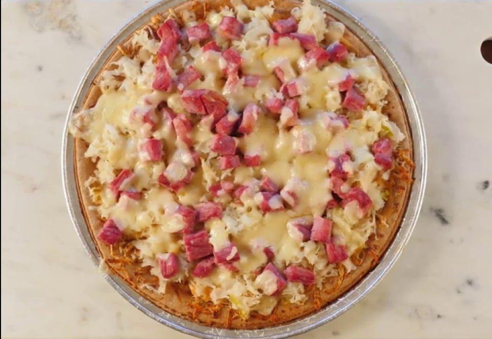 reuben-pizza
