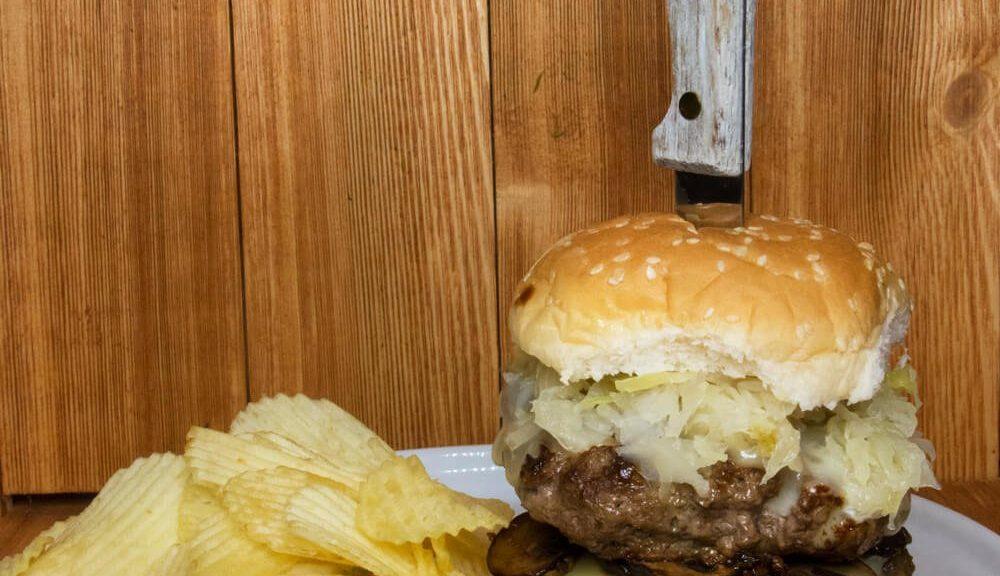 Ultimate Double Kraut Cheeseburger