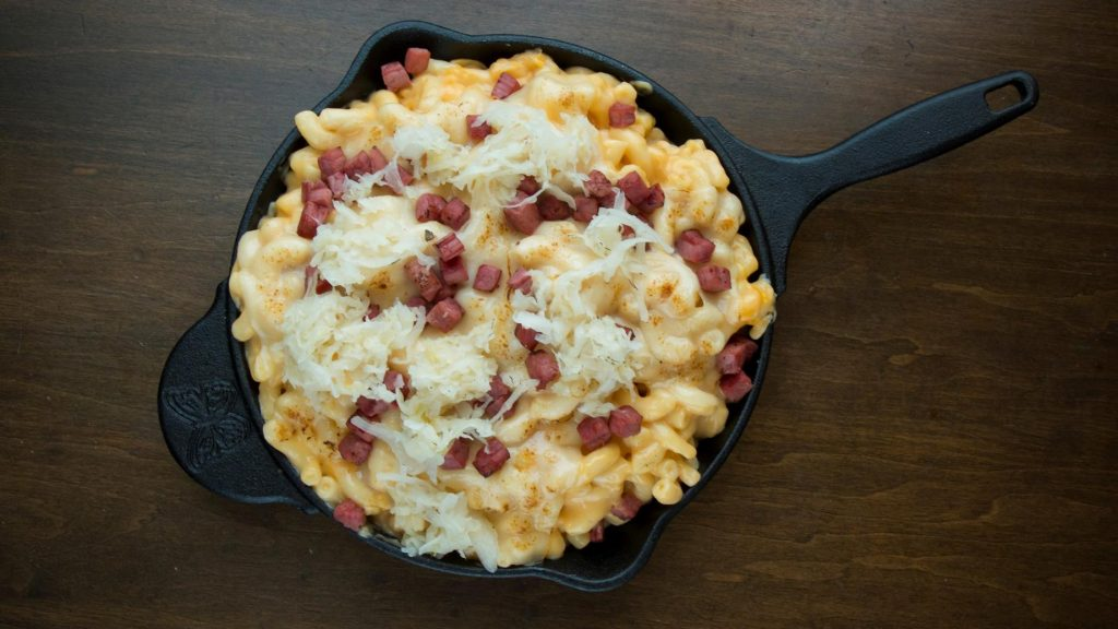 Frank's Reuben Mac 'N' Cheese