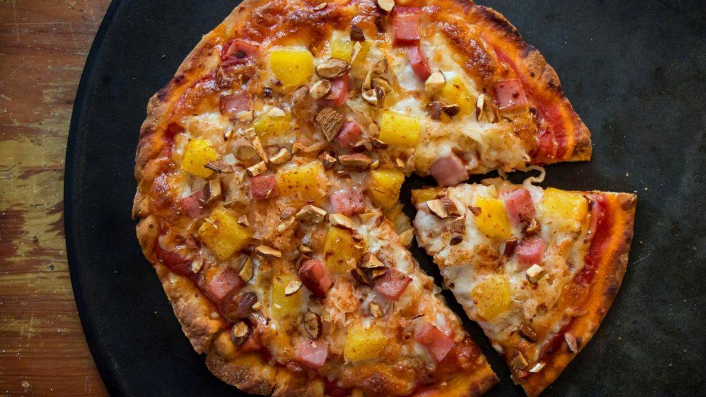 Polynesian Kraut Pizza