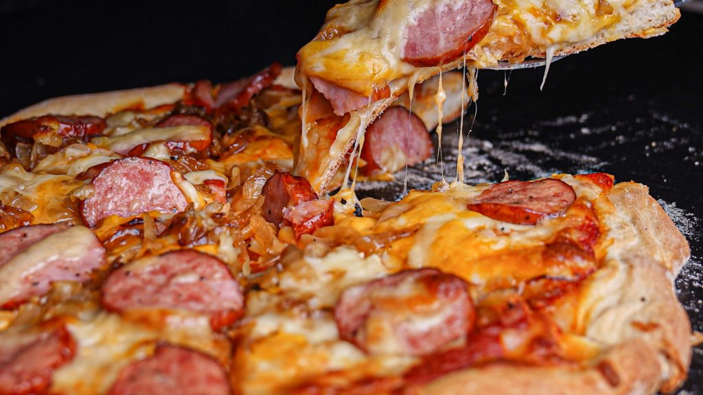 Boterman's Grilled Sausage and Kraut Pizza